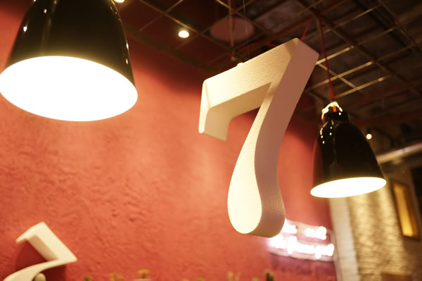 seven1.jpg